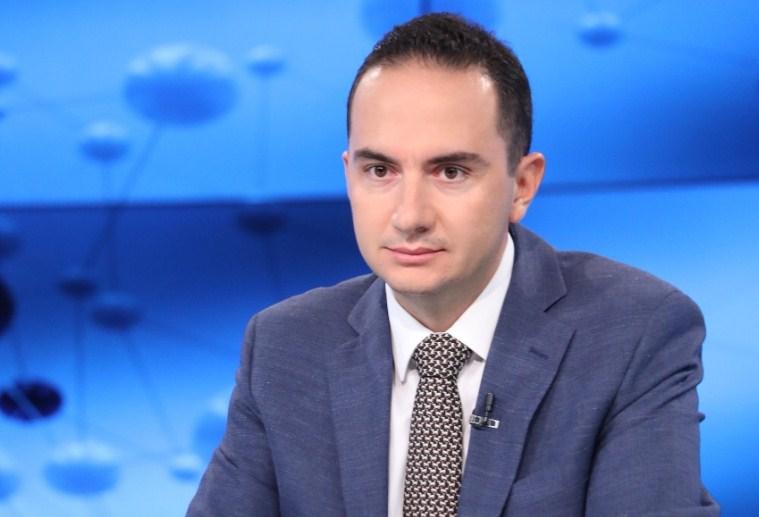 Ervin Salianji PARALAJMËRON: Rama nuk shkon më shumë se 1 vit në qeveri, do përfundojë si Gruevski