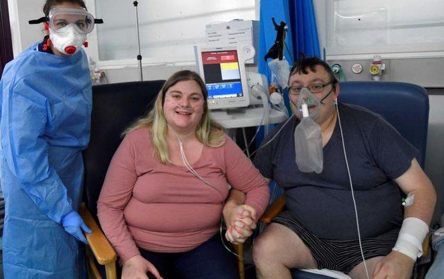 Mundësia e tyre e fundit/Në prag të vdekjes çifti kurorëzojnë dashurinë në spital