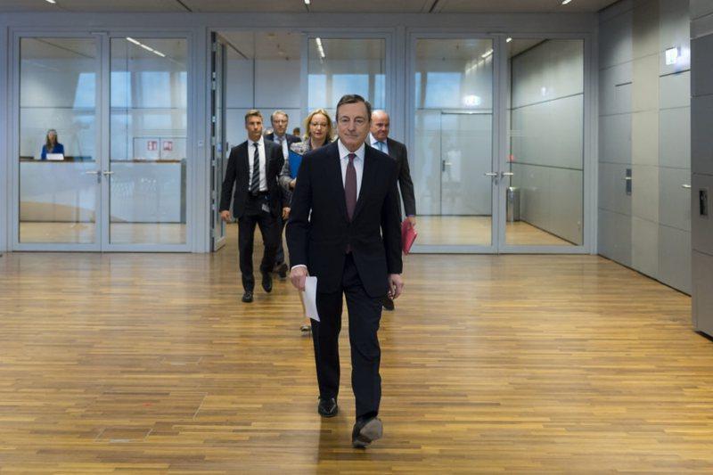 Mario Draghi heq dorë nga rroga, Kryeministri do ta drejtojë Italinë falas
