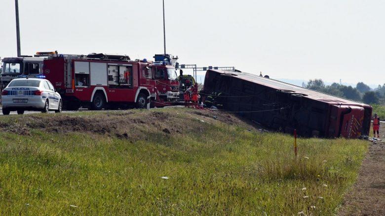 FOTO+VIDEO/ Tragjedi në Kroaci, aksidentohet autobusi me targa të Kosovës, raportohet për dhjetë të vdekur